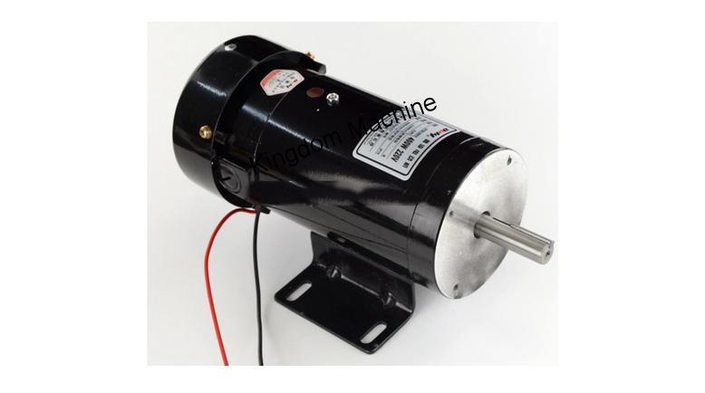 Supply unwinder motor for plastic bag machine